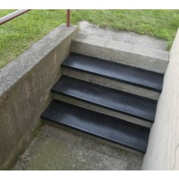 Outdoor Recycled Rubber Stair Tread